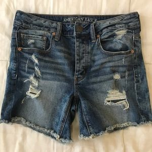 NEVER WORN American Eagle tomgirl shorts
